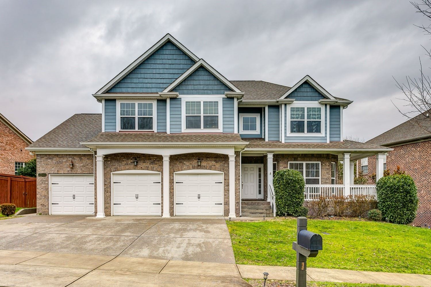 Photo of 8320 Parkfield Dr, Nolensville, TN 37135 (MLS # 2135888)