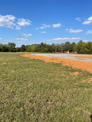 Photo of 5285 Woodbury Pike, Murfreesboro, TN 37127 (MLS # 2302890)