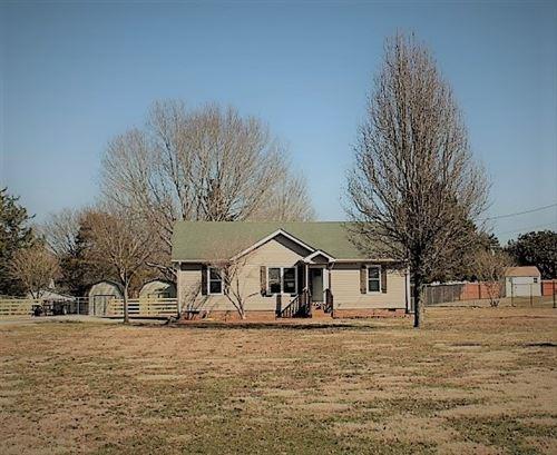 Photo of 3958 Honeysuckle Way, Chapel Hill, TN 37034 (MLS # 2230892)
