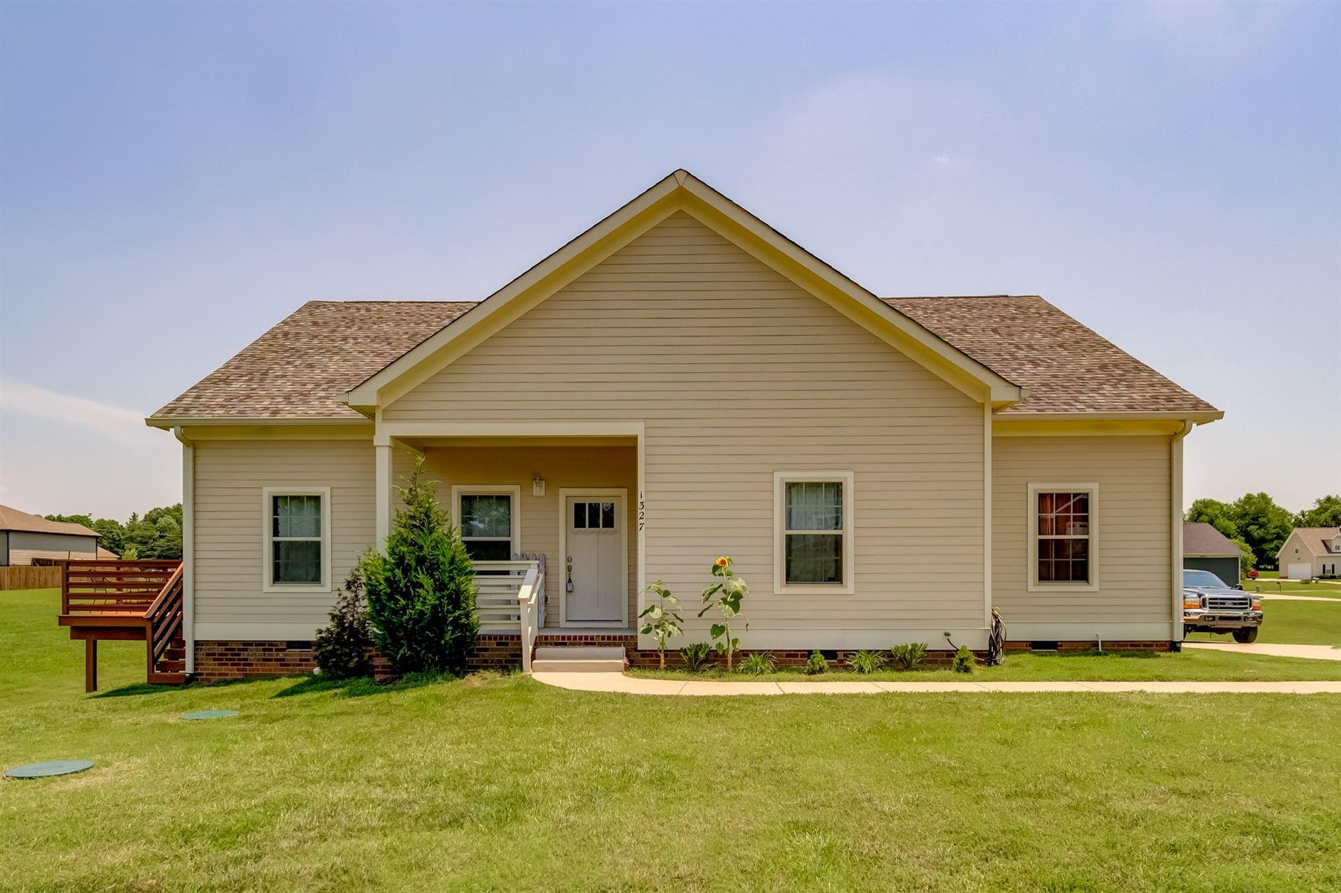 Photo of 1327 Everwood Dr, Ashland City, TN 37015 (MLS # 2262894)