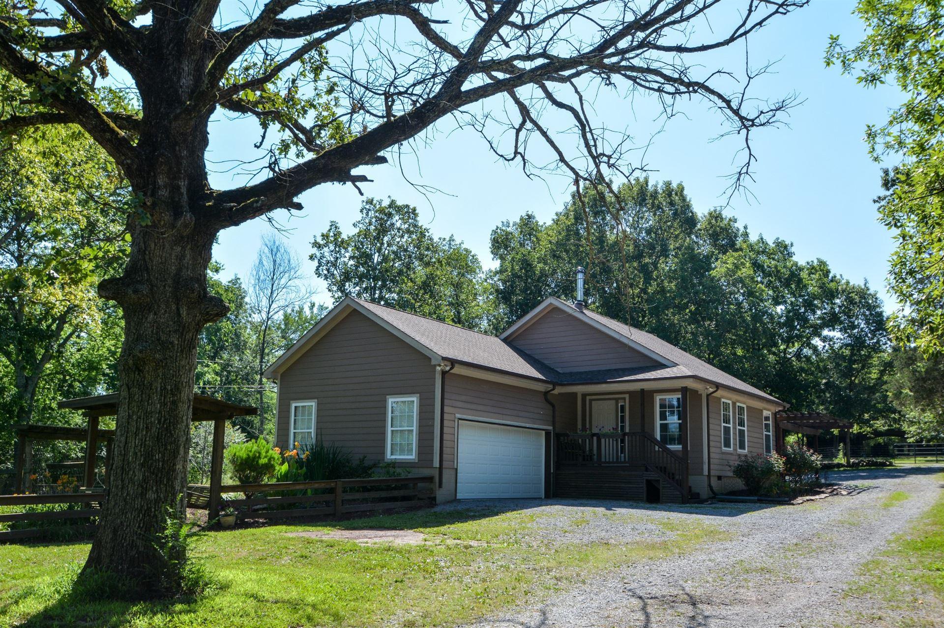 Photo of 952 Cranor Rd, Murfreesboro, TN 37130 (MLS # 2167898)