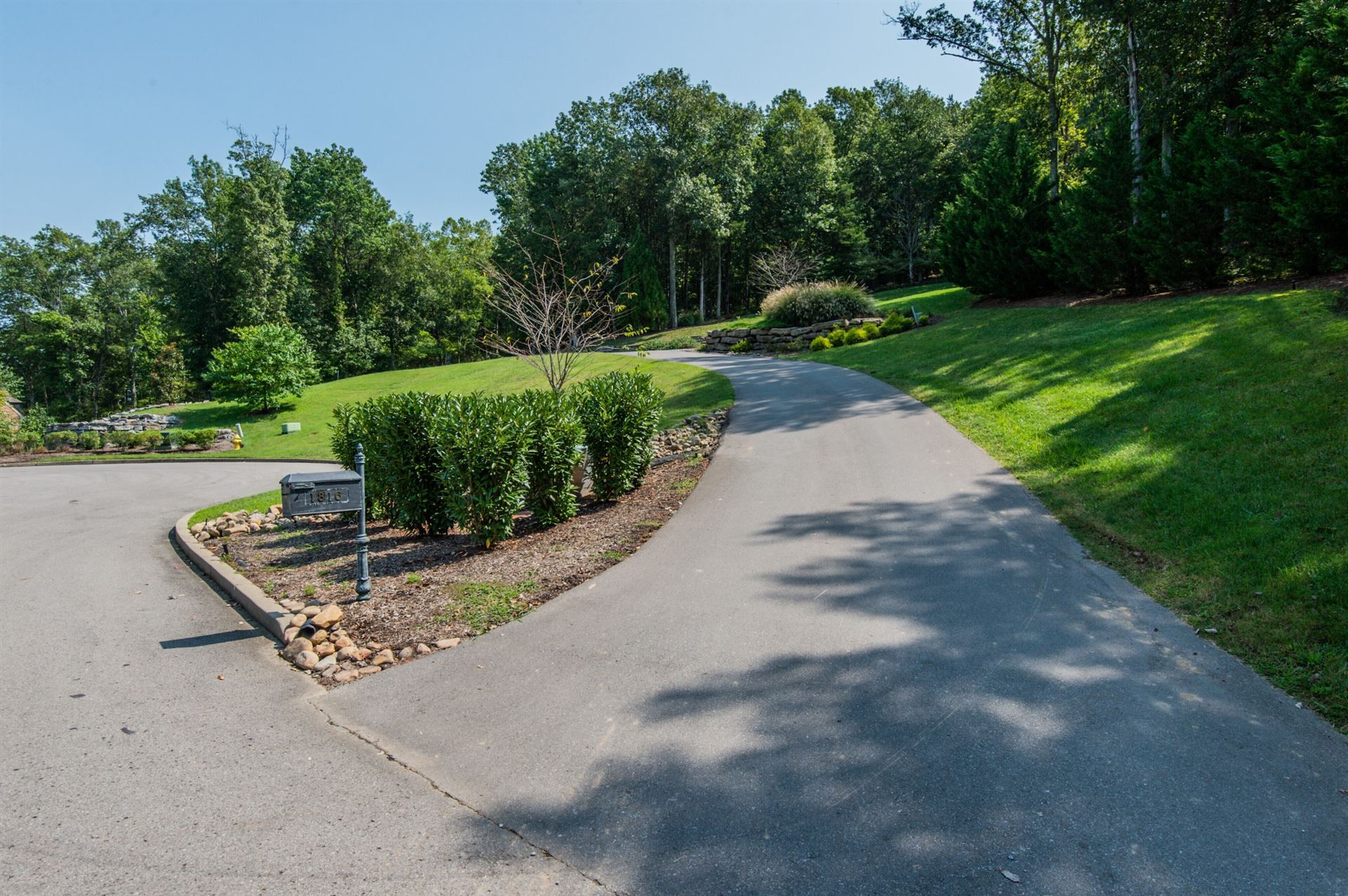 Photo of 1820 Pace Hvn, Franklin, TN 37069 (MLS # 2189898)