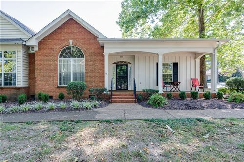 Photo of 5600 Oakes Dr, Brentwood, TN 37027 (MLS # 2220901)