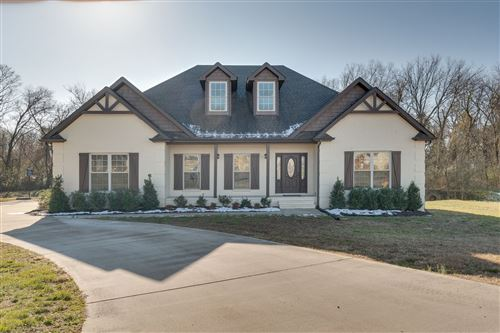 Photo of 605 Apple Blossom Trl, Shelbyville, TN 37160 (MLS # 2220902)