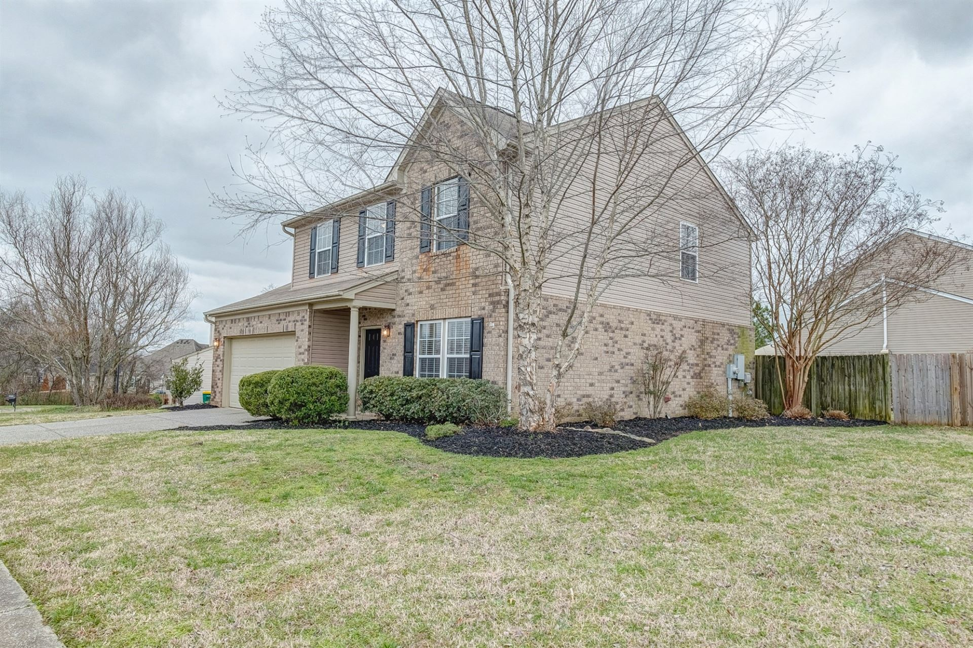 Photo of 2000 Gale LN, Spring Hill, TN 37174 (MLS # 2122905)