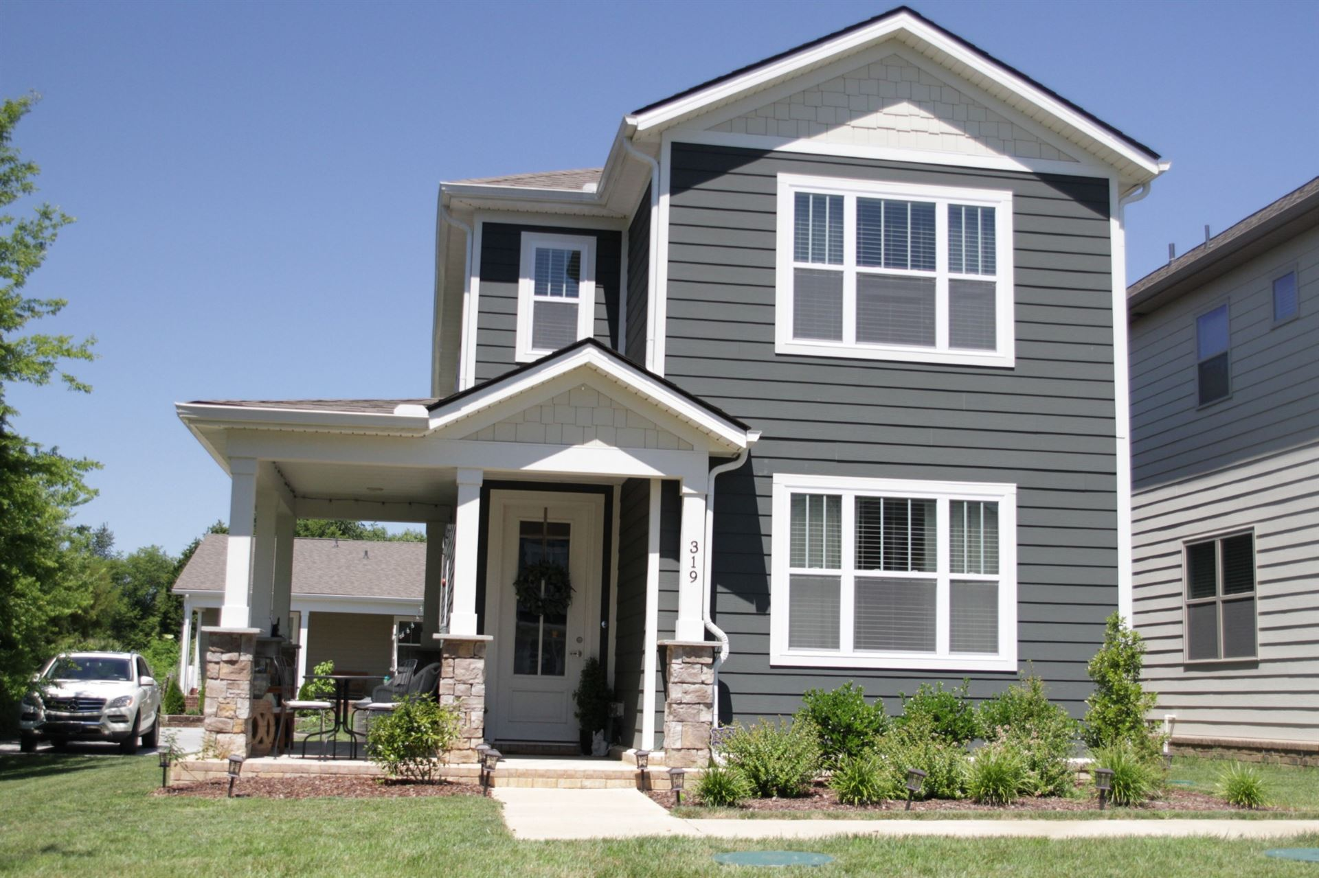 Photo of 319 Imperial Ct, Pleasant View, TN 37146 (MLS # 2168912)