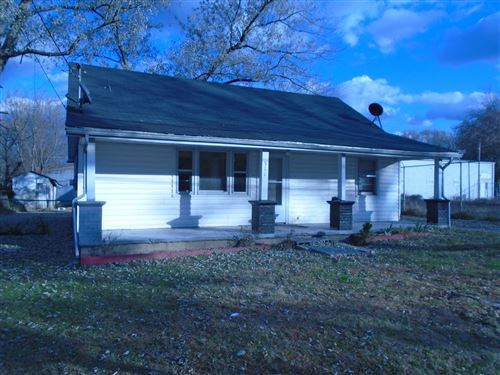 Photo of 511 Oakdale St, Manchester, TN 37355 (MLS # 2101913)