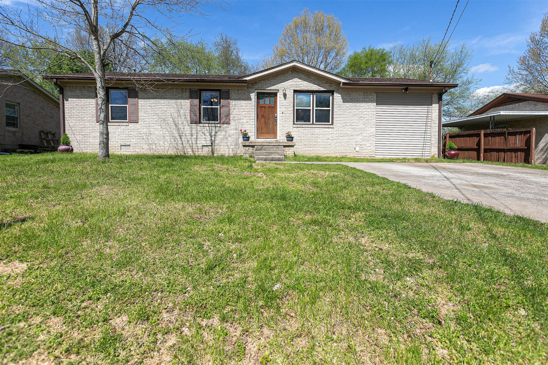 Photo of 617 McLemore Ave, Spring Hill, TN 37174 (MLS # 2137919)