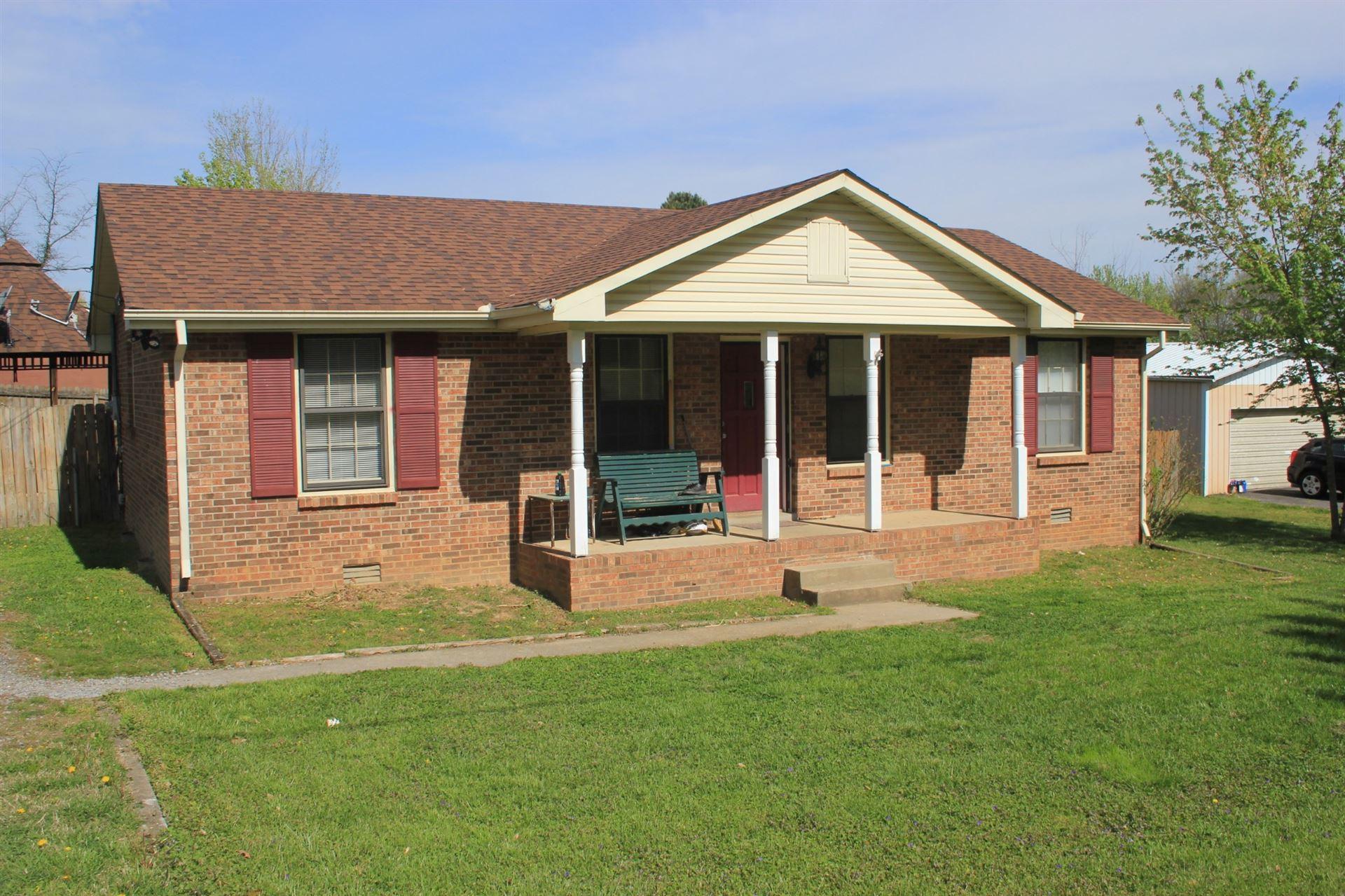 302 E Hillcrest Dr, Springfield, TN 37172 - MLS#: 2245921