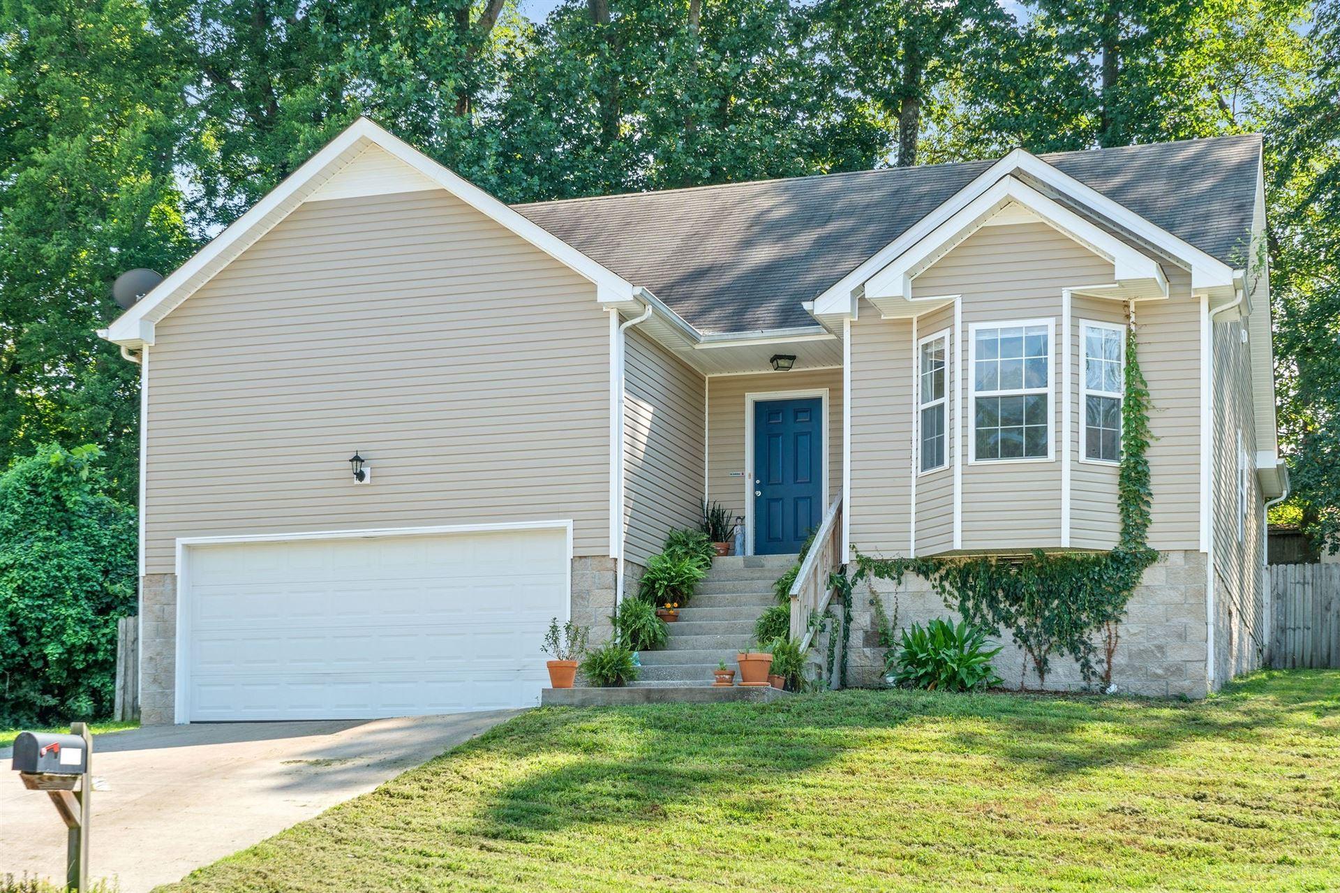 322 Chalet Cir, Clarksville, TN 37040 - MLS#: 2297921