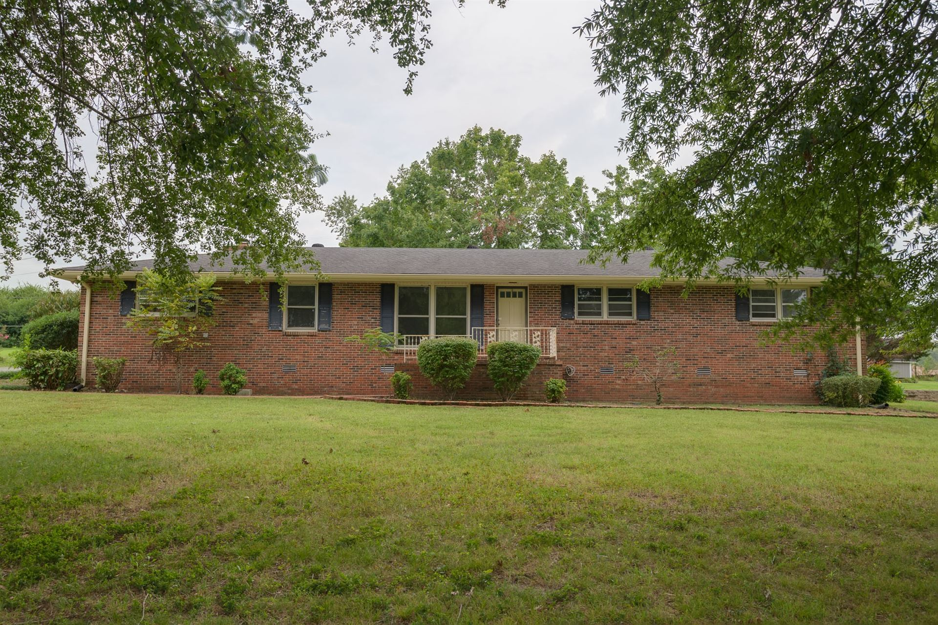 405 Cloverdale Road, Shelbyville, TN 37160 - MLS#: 2187922