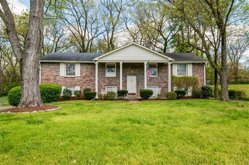 Photo of 1044 Percy Warner Blvd, Nashville, TN 37205 (MLS # 2137923)