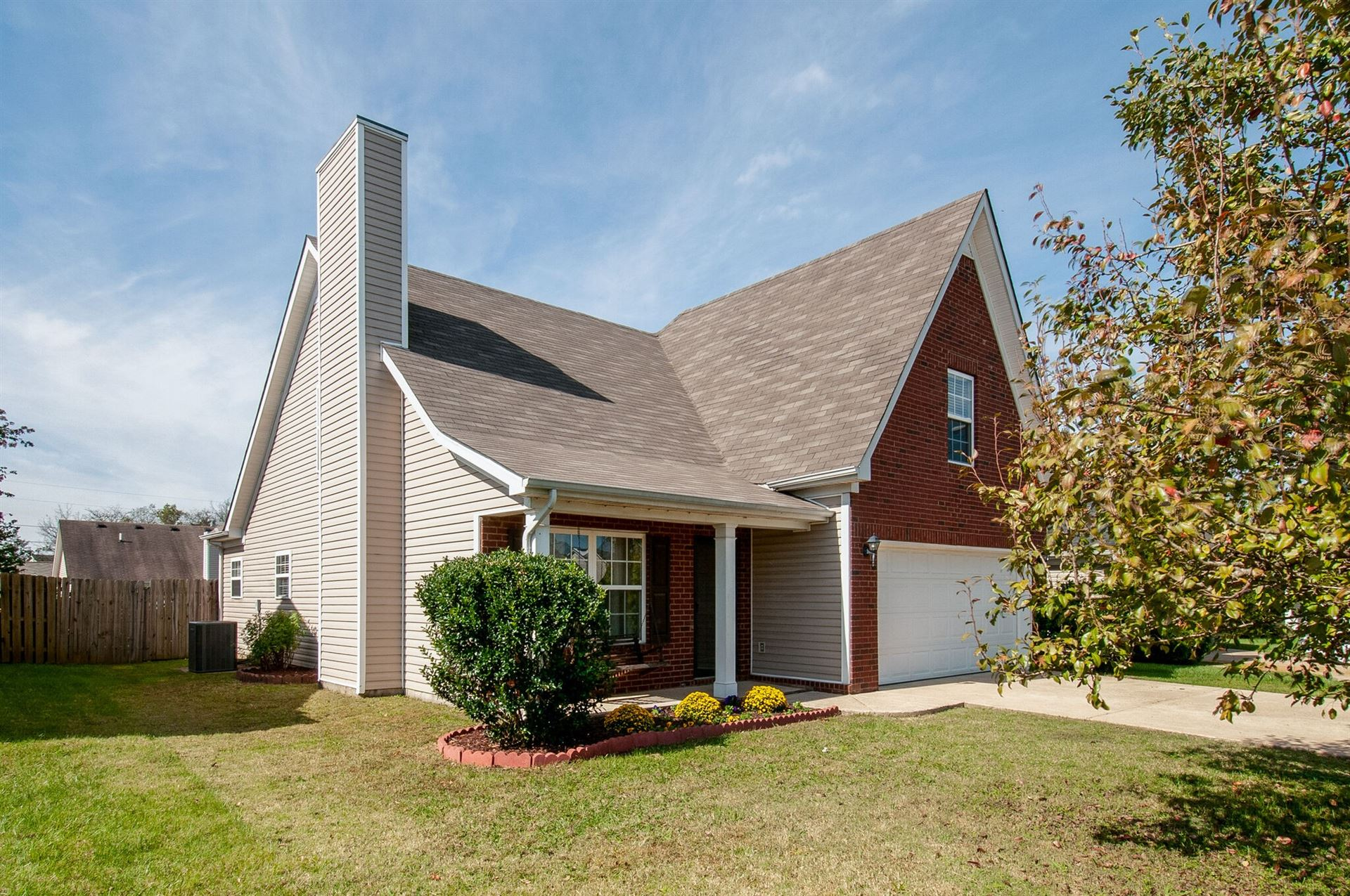 Photo of 3015 Deer Trail Dr, Spring Hill, TN 37174 (MLS # 2301924)