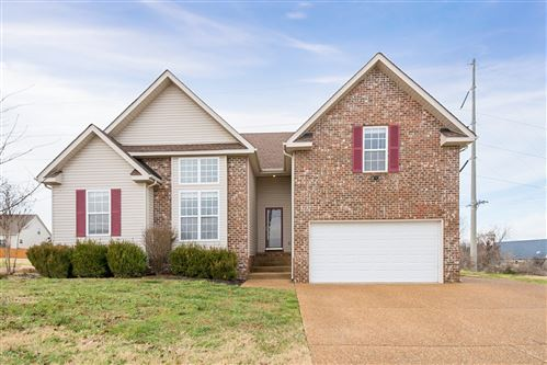 Photo of 3998 Kristen St, Spring Hill, TN 37174 (MLS # 2104926)