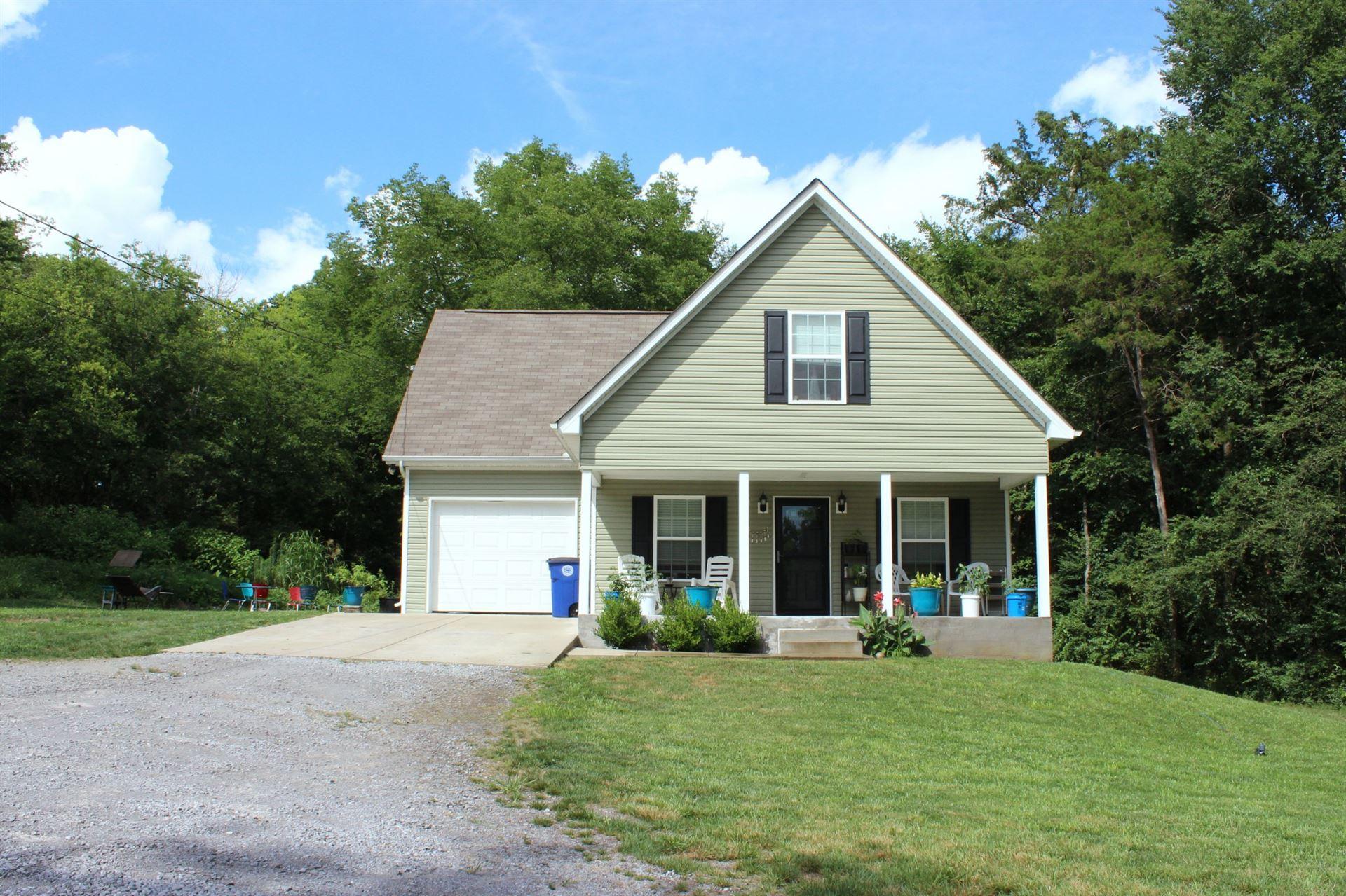 Photo of 643A Mac St, Shelbyville, TN 37160 (MLS # 2167928)