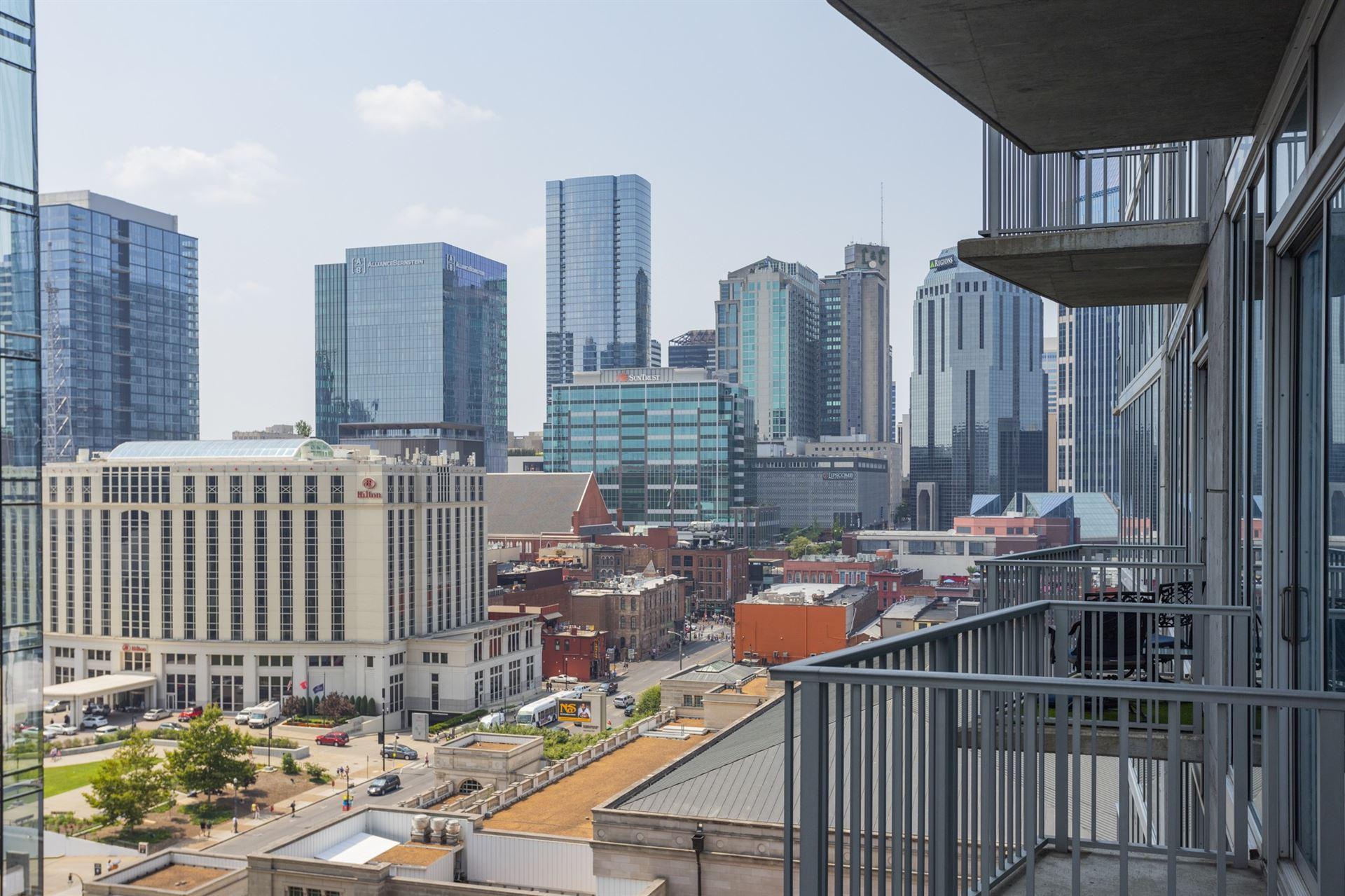 Photo of 301 Demonbreun St #1101, Nashville, TN 37201 (MLS # 2275930)