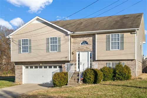 Photo of 3395 Dresden Way, Clarksville, TN 37042 (MLS # 2104938)
