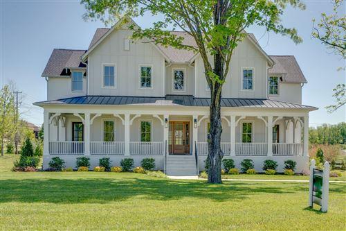 Photo of 504 Doubleday Lane, Brentwood, TN 37027 (MLS # 2149940)