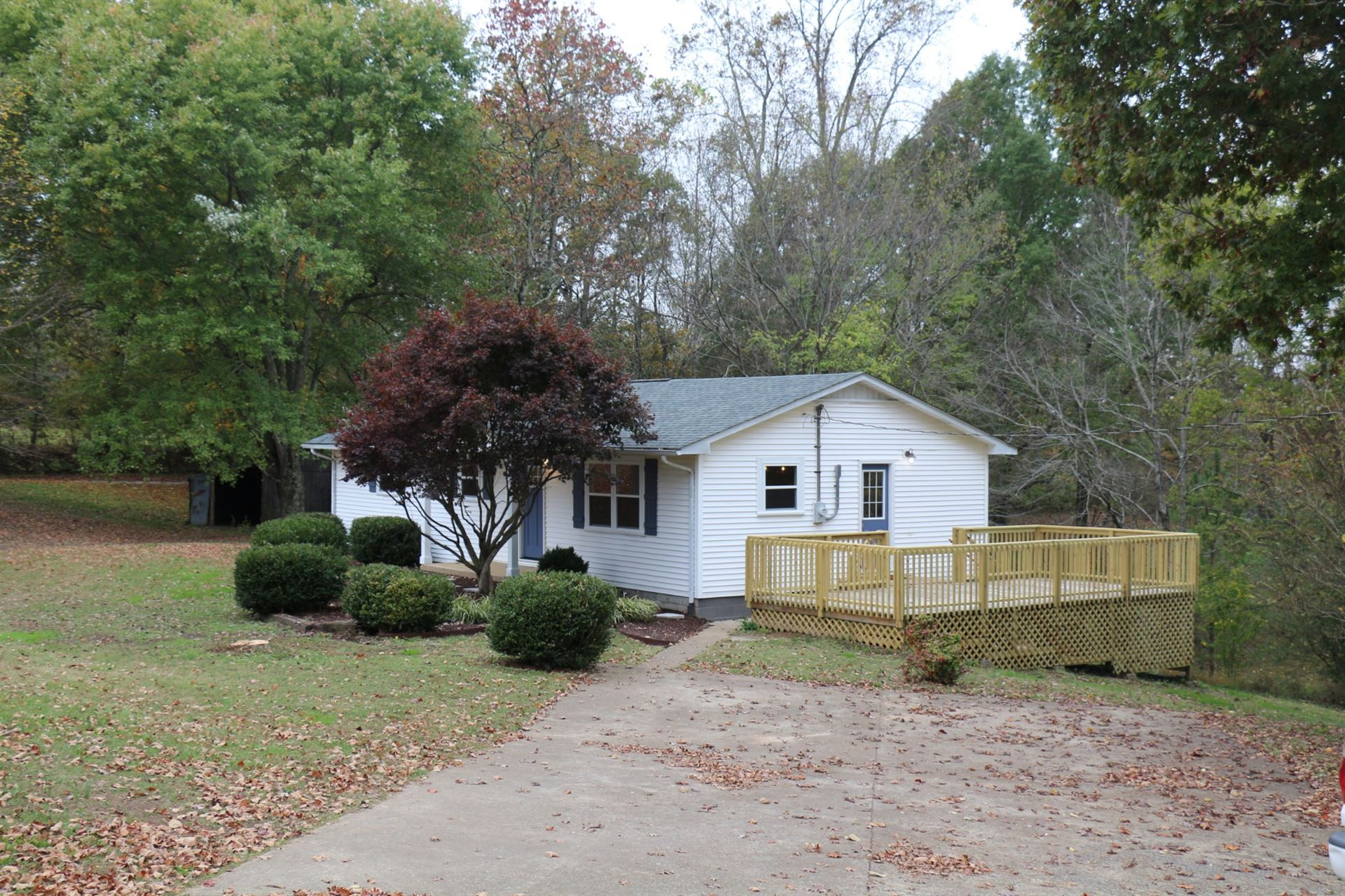 Photo of 1115 W Point Rd, Lawrenceburg, TN 38464 (MLS # 2201945)