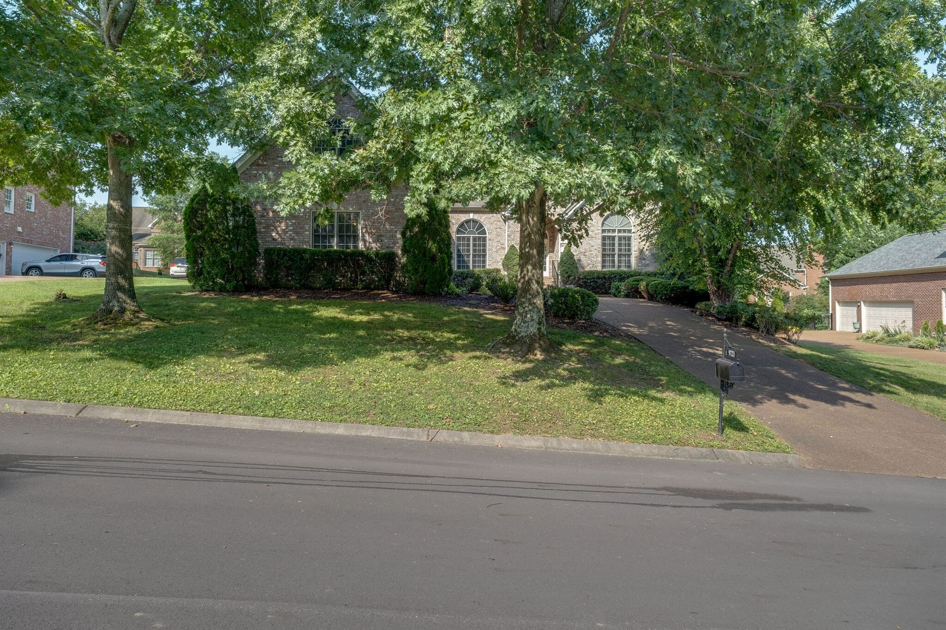Photo of 9723 Turnbridge Ct, Brentwood, TN 37027 (MLS # 2273948)