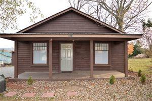 Photo of 113 Oak St, Cowan, TN 37318 (MLS # 2100950)