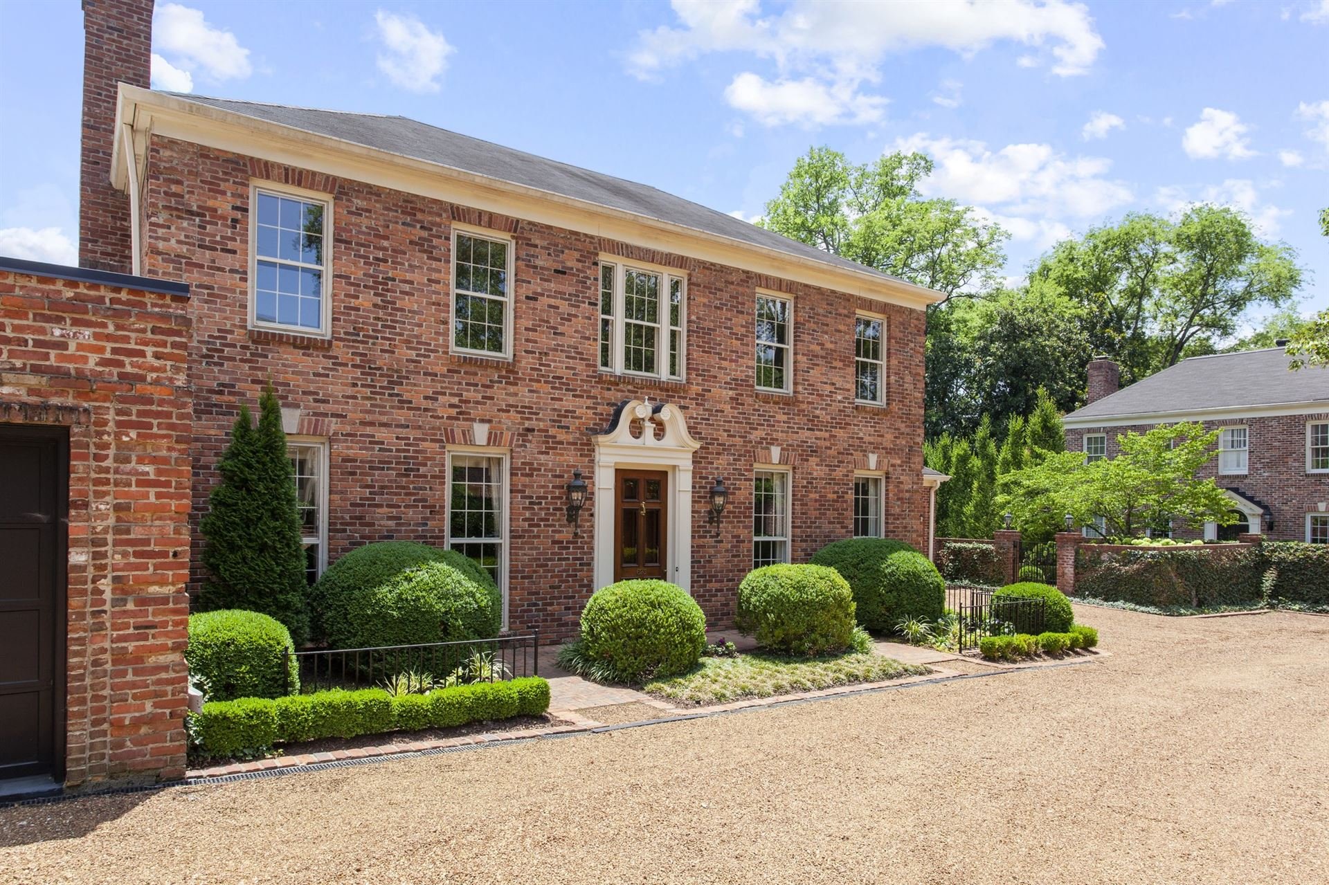 Photo of 623 Woodleigh Dr, Nashville, TN 37215 (MLS # 2274952)
