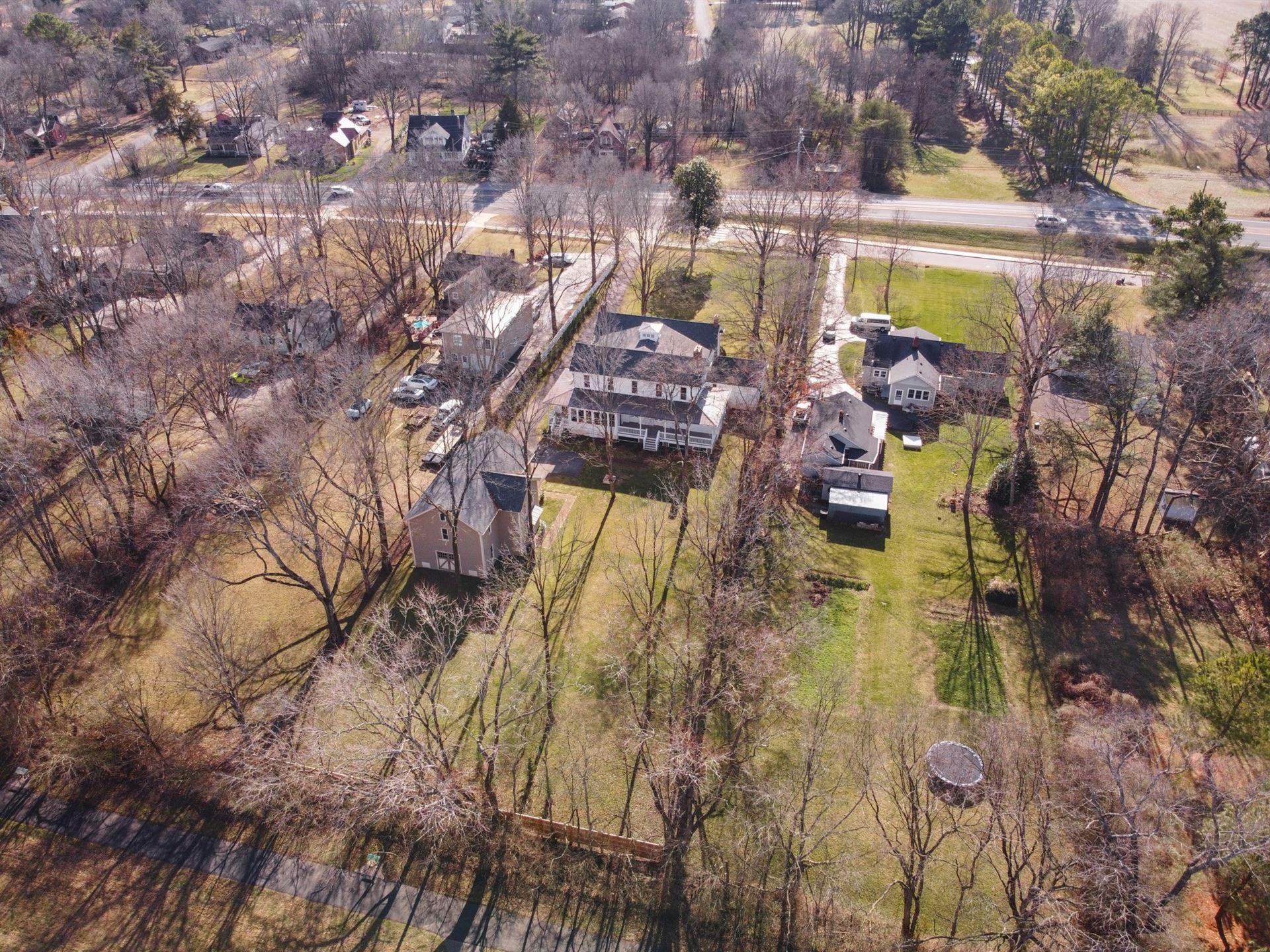 Photo of 419 Murfreesboro Rd, Franklin, TN 37064 (MLS # 2221954)