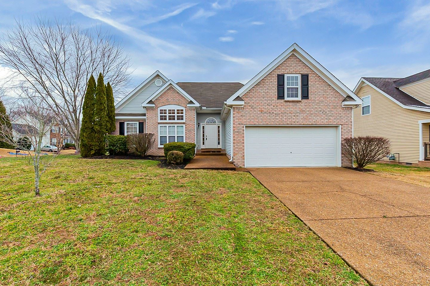 Photo of 1025 Persimmon Dr, Spring Hill, TN 37174 (MLS # 2219955)