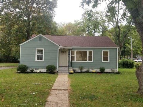 Photo of 402 Hawkins Ave, Murfreesboro, TN 37130 (MLS # 2300957)