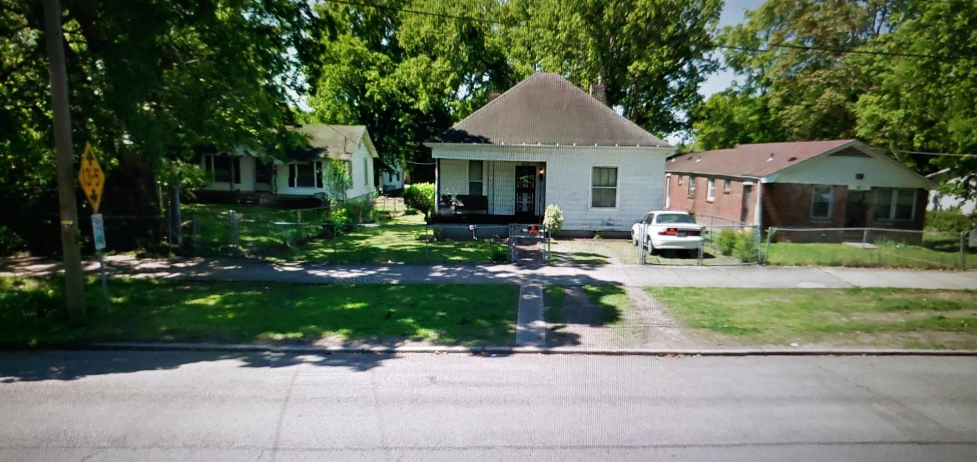 Photo of 1613 Arthur Ave, Nashville, TN 37208 (MLS # 2233960)