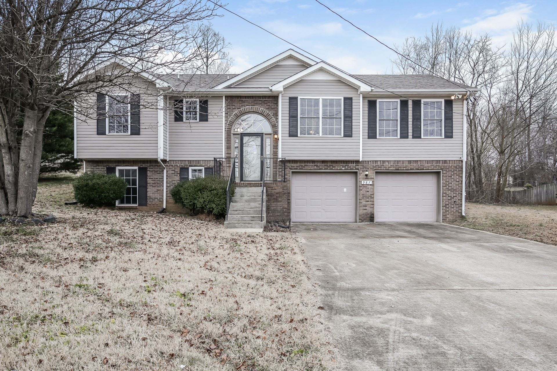987 Hedge Apple Dr, Clarksville, TN 37040 - MLS#: 2227965