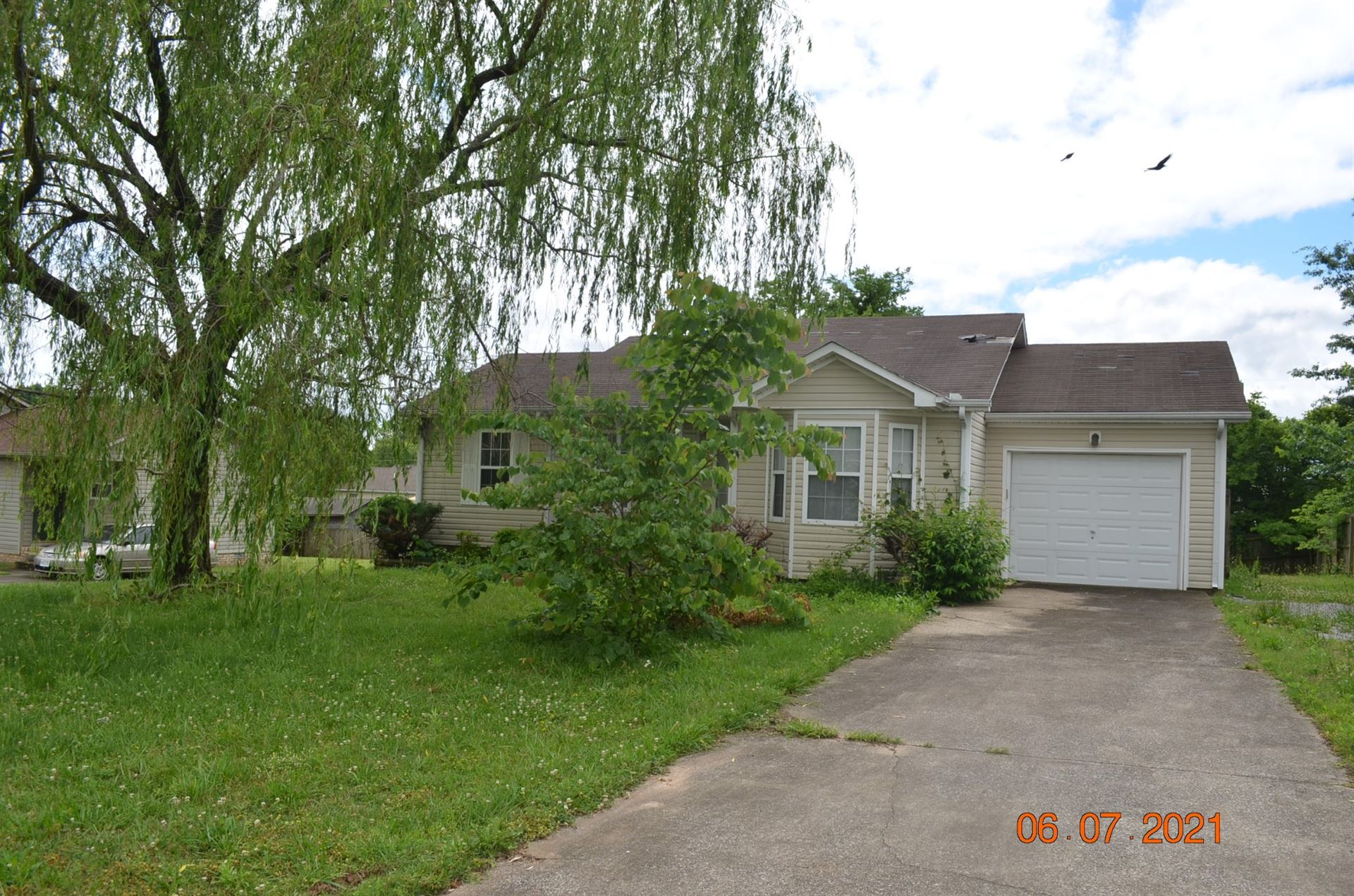 952 Van Buren Ave, Oak Grove, KY 42262 - MLS#: 2261967