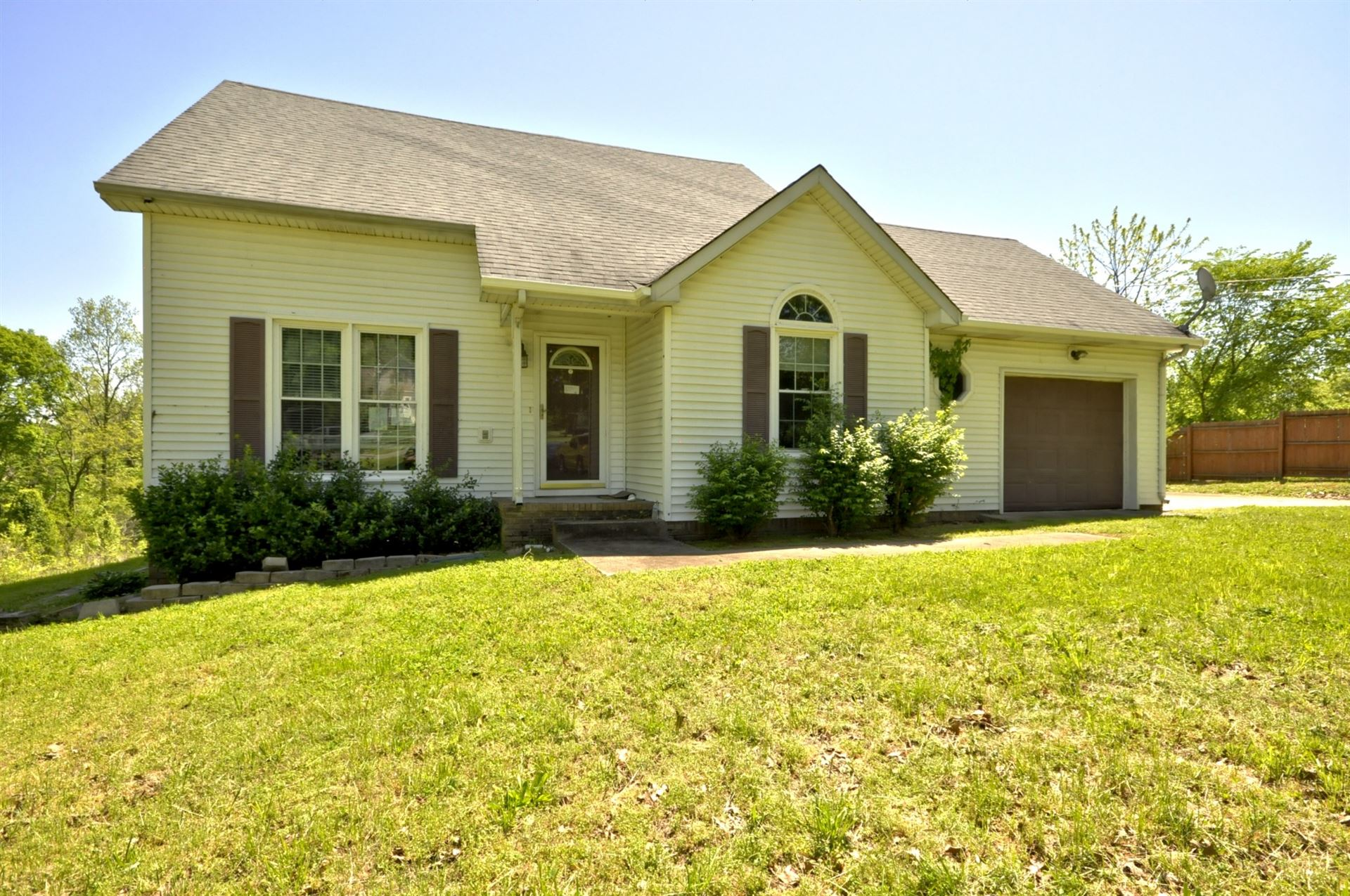 4041 SAWMILL RD, Woodlawn, TN 37191 - MLS#: 2146969