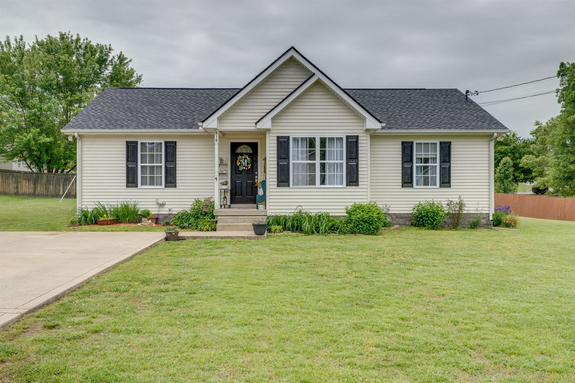 516 Corlew Cir, White Bluff, TN 37187 - MLS#: 2251970