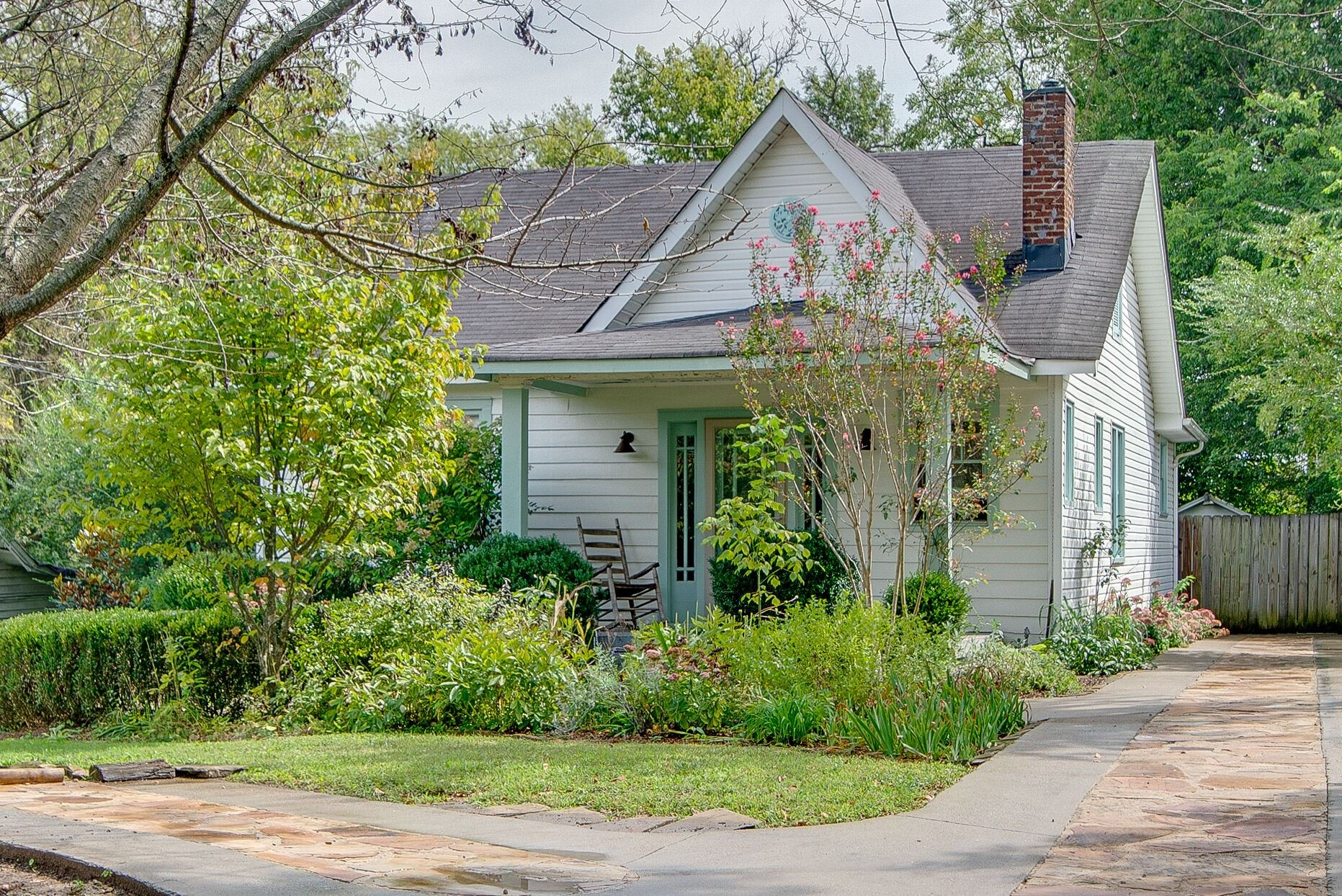 Photo of 3922 Baxter Ave, Nashville, TN 37216 (MLS # 2192972)