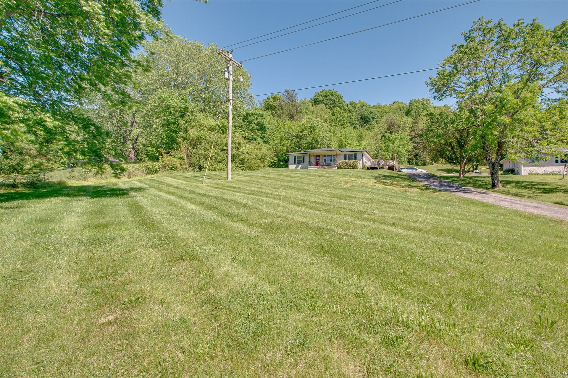 Photo of 3224 Southall Rd, Franklin, TN 37064 (MLS # 2251974)