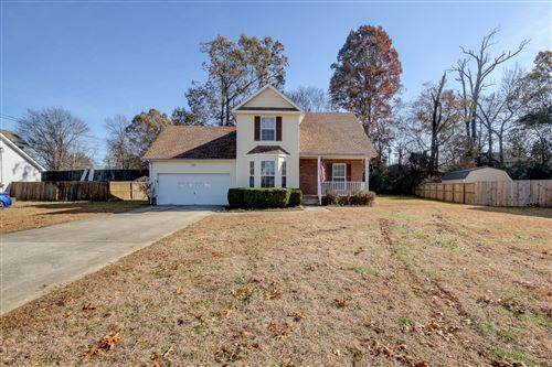 Photo of 970 Roedeer Dr, Clarksville, TN 37042 (MLS # 2101982)