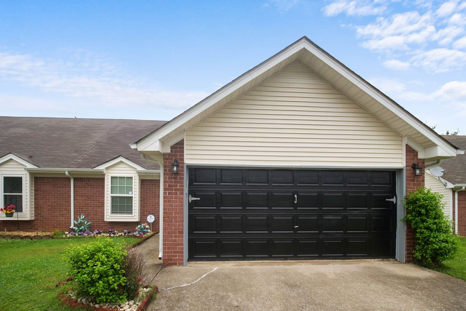 Photo of 254 Indian Park Dr, Murfreesboro, TN 37128 (MLS # 2251984)