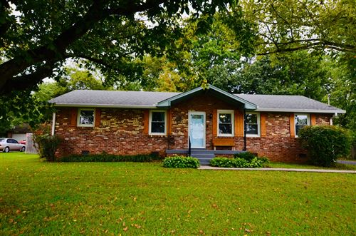 Photo of 400 Carter House Dr, LaVergne, TN 37086 (MLS # 2192987)