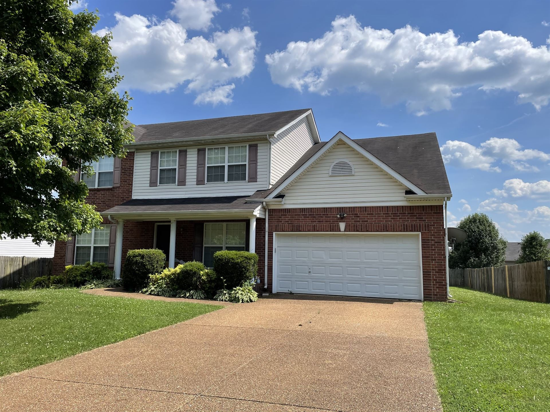 Photo of 1805 Covey Rise Ct, Spring Hill, TN 37174 (MLS # 2263988)