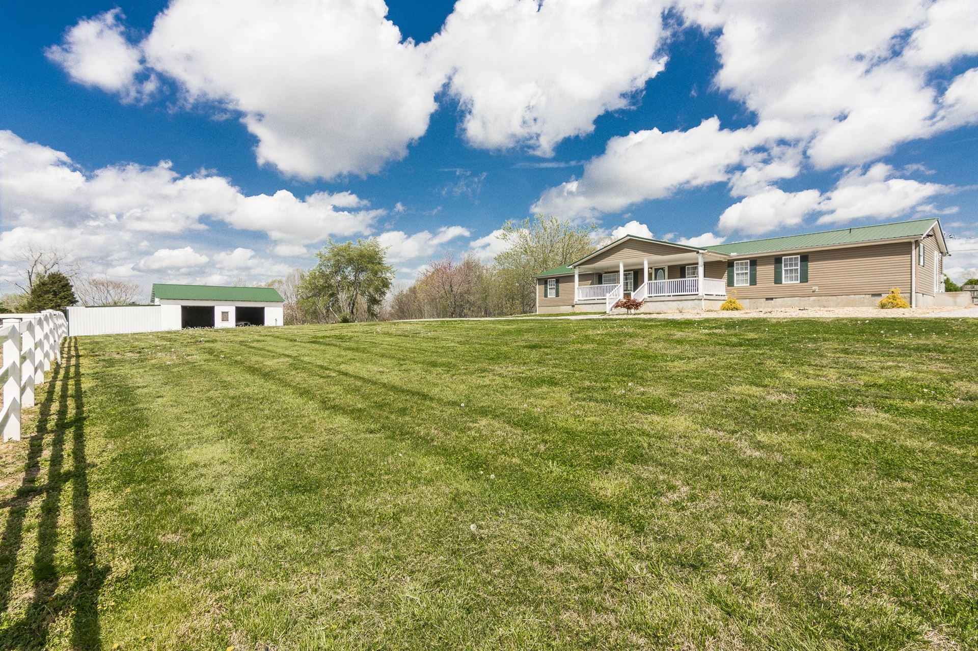1142 Peter Pond Rd., Ashland City, TN 37015 - MLS#: 2242994