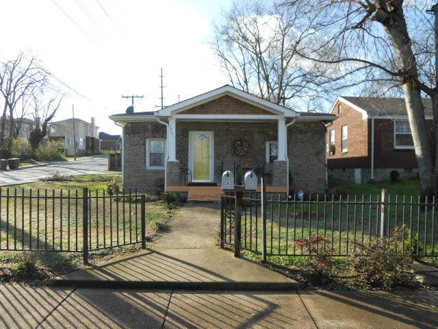 Photo of 1001 32nd Ave A/B, N, Nashville, TN 37209 (MLS # 2152995)