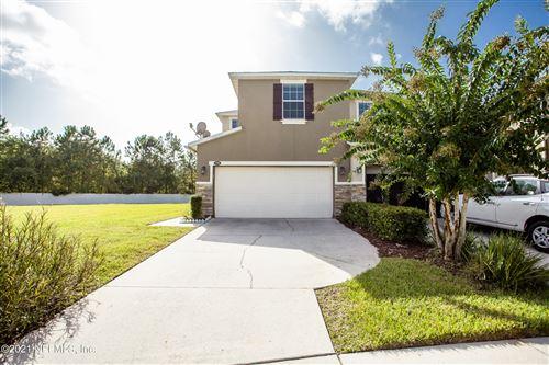 Photo of 5988 BARTRAM VILLAGE DR, JACKSONVILLE, FL 32258 (MLS # 1128031)