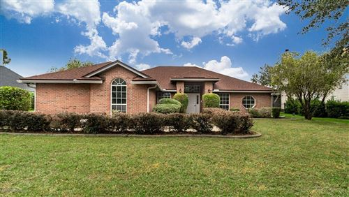 Photo of 285 VILLAGE GREEN AVE, JACKSONVILLE, FL 32259 (MLS # 1023044)