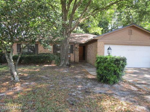 Photo of 5162 RATHBONE DR, JACKSONVILLE, FL 32257 (MLS # 1047050)
