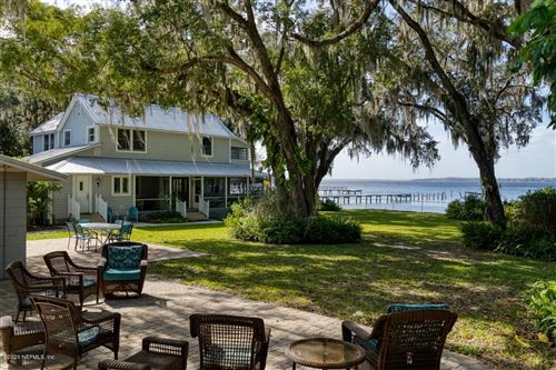 Photo of 517 FEDERAL POINT RD, EAST PALATKA, FL 32131 (MLS # 1034051)