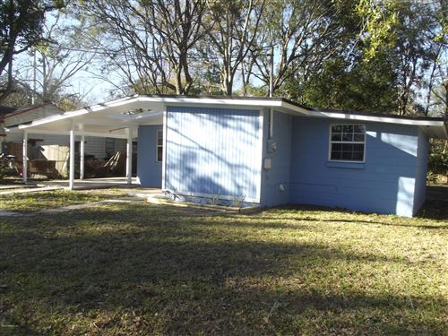 Photo of 3055 W 15TH ST, JACKSONVILLE, FL 32254 (MLS # 1038059)