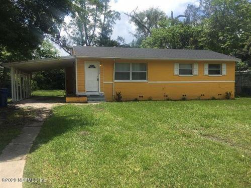 Photo of 10373 PINEHURST DR, JACKSONVILLE, FL 32218 (MLS # 951059)