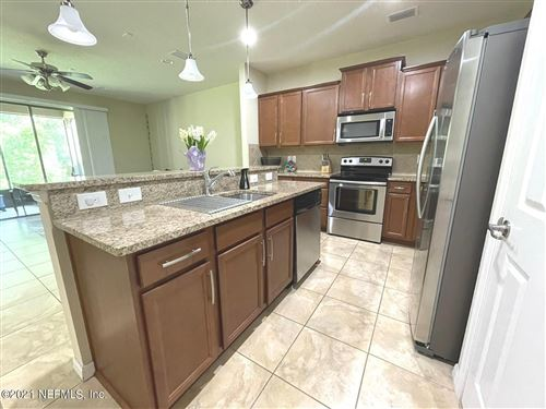 Photo of 6993 Coldwater DR, JACKSONVILLE, FL 32258 (MLS # 1108077)