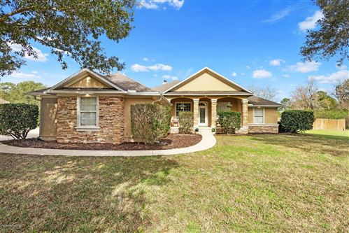 Photo of 108 CONFEDERATE POINT RD, PALATKA, FL 32177 (MLS # 1034084)